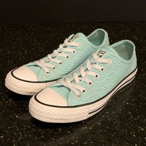 Converse Mint  (Motel Pool) perforated sneaker 8.5